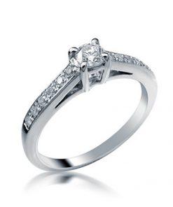 טבעת אירוסין, טבעת אירוסין קלאסית, טבעת אירוסין זהב לבן, טבעת יהלום, טבעת יהלומים, טבעת הצעת נישואין, טבעת סוליטר, טבעת מעוצבת, לויס תכשיטים,