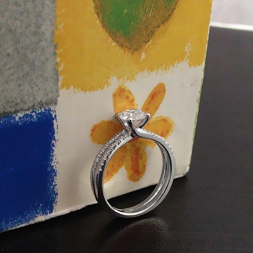 טבעת אירוסין פרי