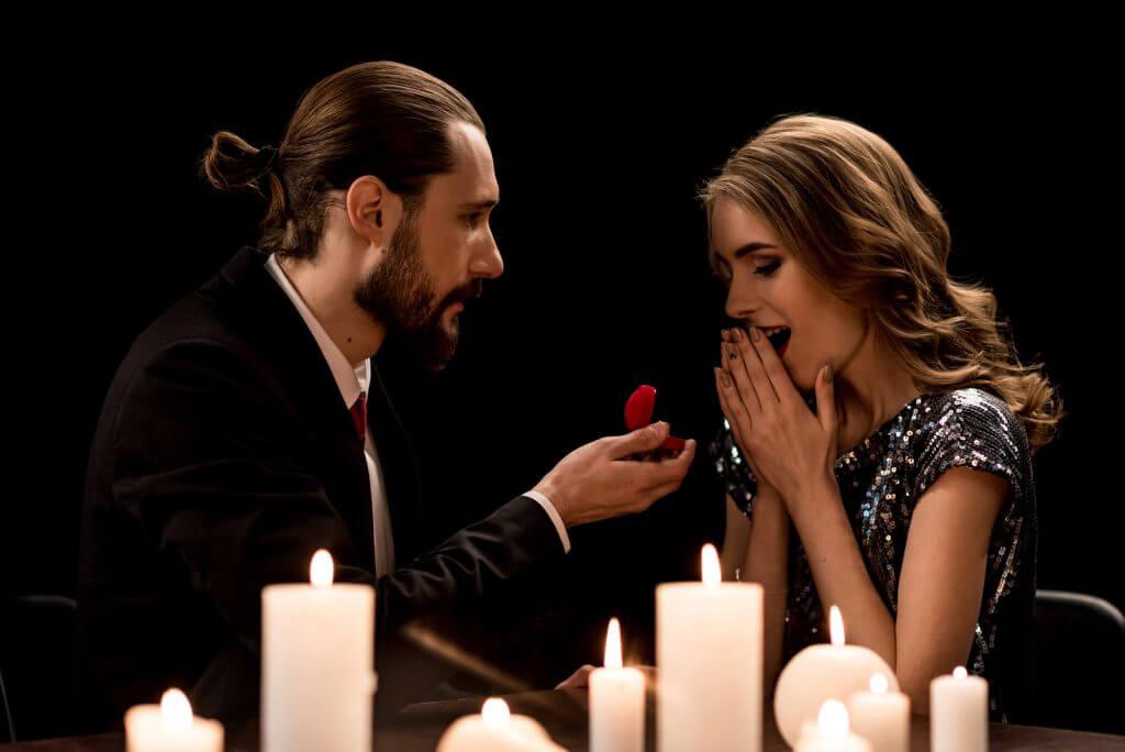 טבעת אירוסין להצעת נישואין